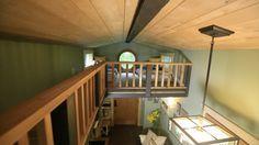 minnesota-tiny-house-front - Minnesota Tiny House Pictures - Tiny House Nation - FYI Network