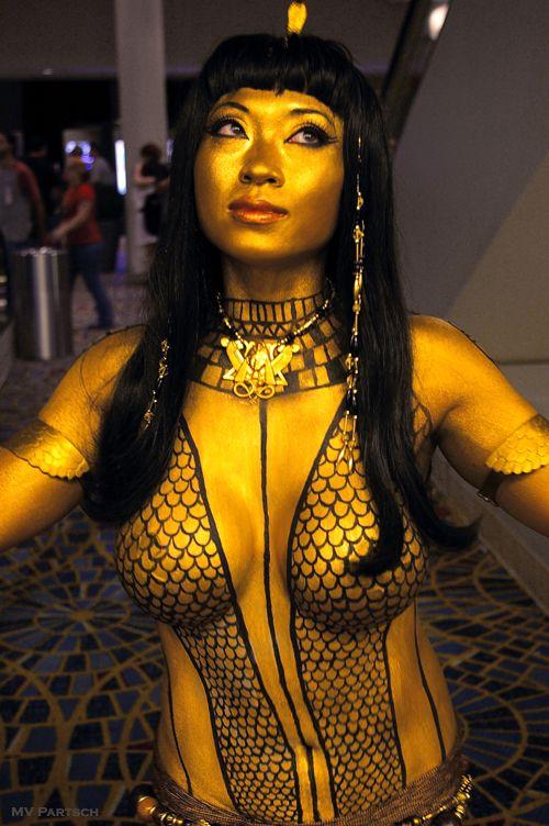 Queen of spades nude