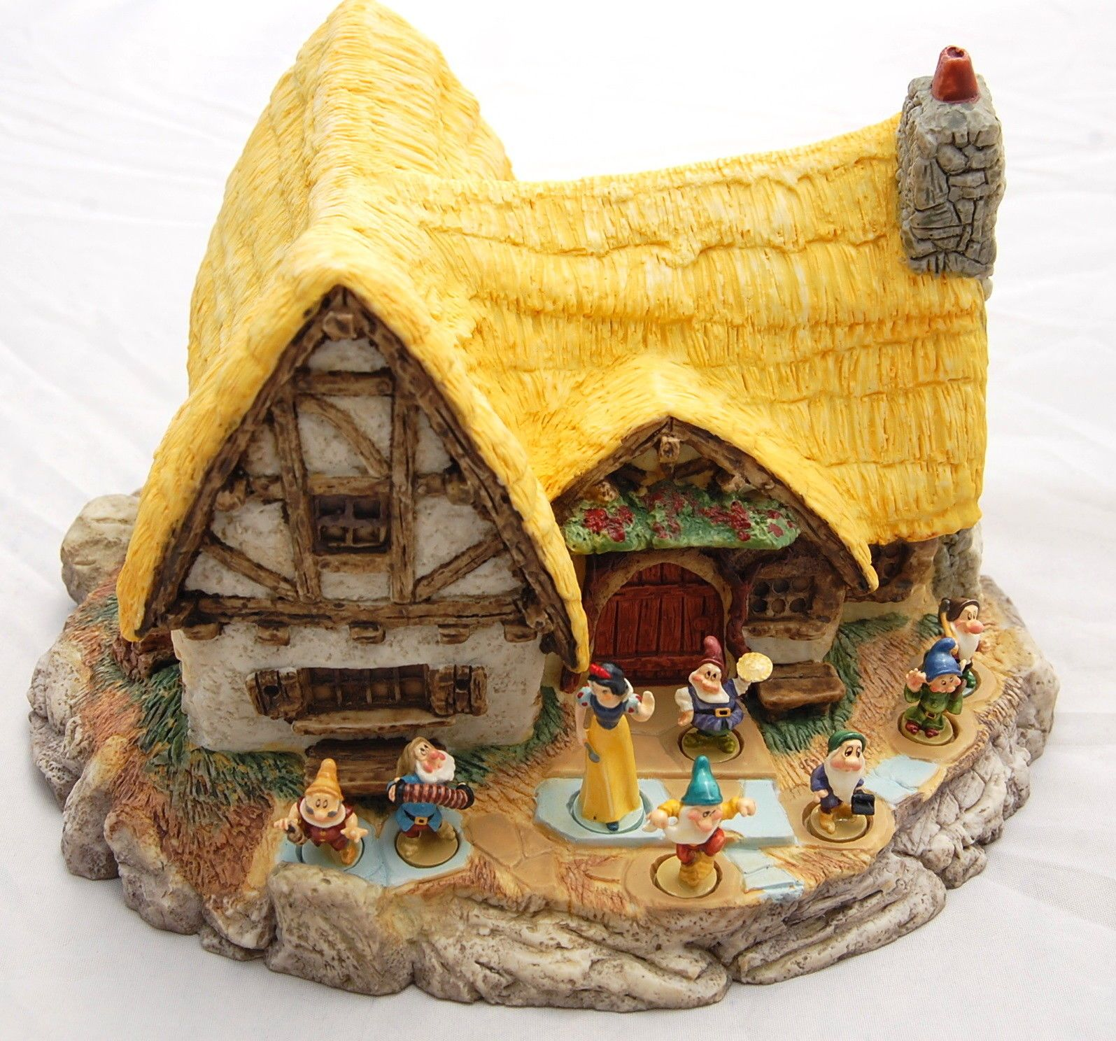 Vtg Disney Goebel Olszewski Snow White Seven Dwarf Cottage Set