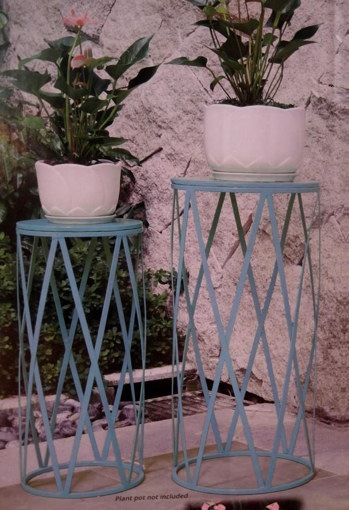 Metal wire garden basket powder coated stand scrolled frame heavy 1 of 5 2 x powder coated metal garden pot plant stands new in box workwithnaturefo