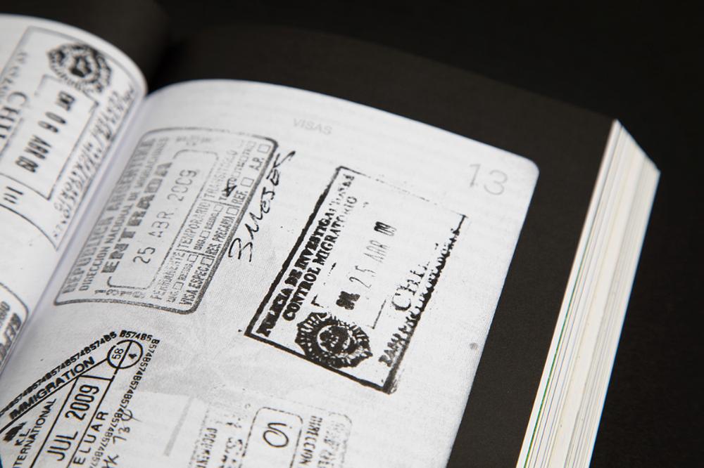 Le Trou Dans Mon C V On Behance In 2020 Book Print Eco Friendly Paper Glossy Paper