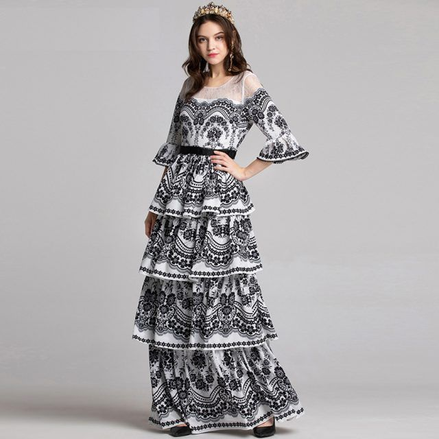 e9903be3f99 High Quality New Fashion 2018 Designer Runway Dress Women s Flare Sleeve  Lace Cascading Ruffle Maxi Dress