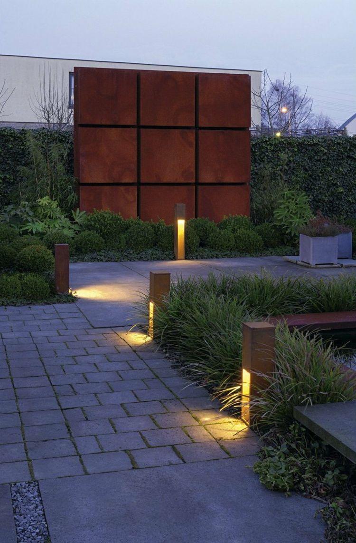 Cortenstahl Fur Garten Terrasse Nutzen 40 Ideen Fur Den Aussenbereich Sichtschutz Wasserbecken Garden Beleuchtung Garten Gartenbeleuchtung Lampen Garten