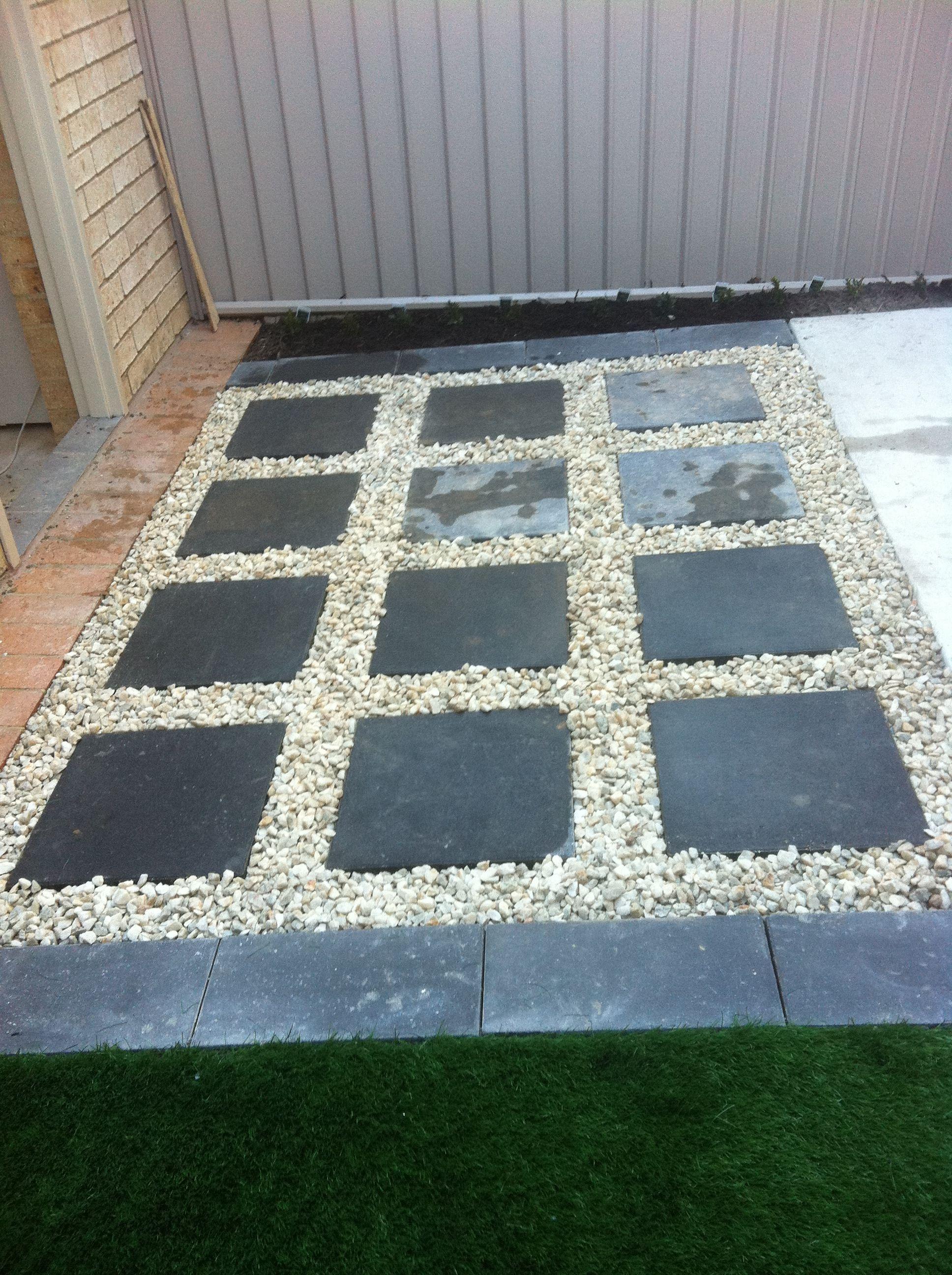 Www Pavingcanberra Com Paving Courtyard Paving Design 400 x 300