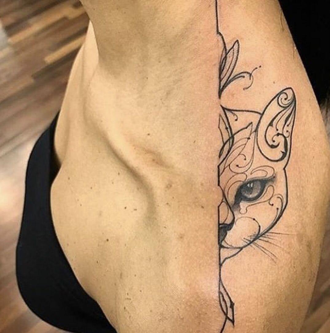 Tatuaje Gato Silueta Hombro Tattoos Black Tattoos Black Cat Tattoos
