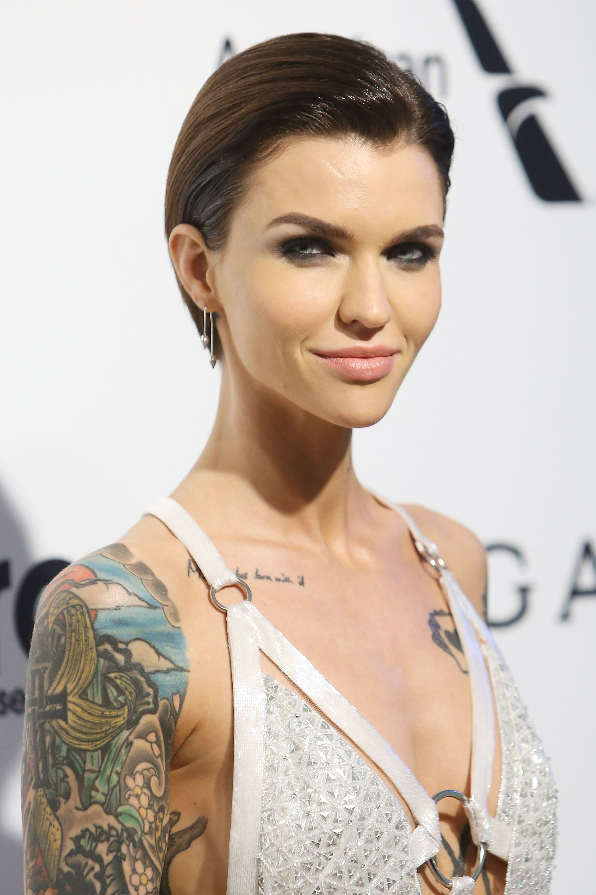 22 Famous Hair Fashion Ceplukan Short Slicked Back Hair Hot Hair Styles Womens Hairstyles