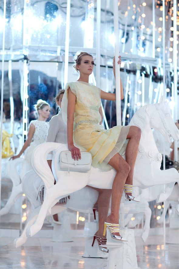 Louis Vuitton SS 2012 by the Sartorialist -I love this presentation idea for a fashion show!