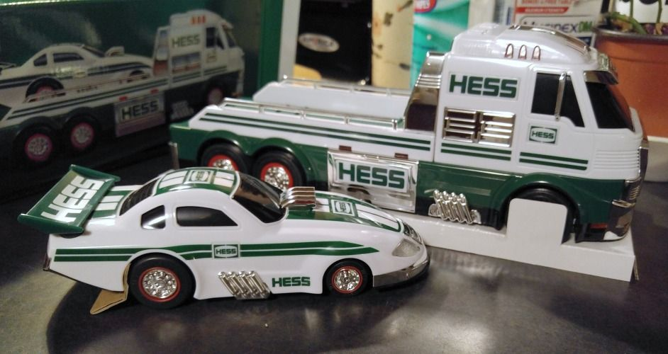 The 2016 Hess Toy Truck and Dragster is a powerful, race-ready duo with sleek styling, drag-racing inspired sounds, over 50 brilliant lights.