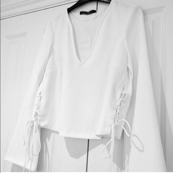 92ae4c7b5af85c Zara white blouse tie up size small bloggers 2015 ZARA TOP W/ LACE UP SIDE  BLOGGERS BLOUSE BELL SLEEVE OFF WHITE S Zara Tops Blouses