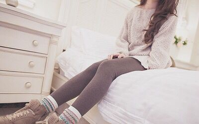 lazy winter outfit! omg I would love a lazy day but I never can bc of my parents UGHH. RELATABLE OMG
