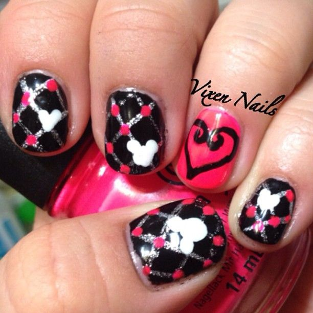 nail art inspired by Kingdom Hearts Photo by vixen_nails | Nail Art ...