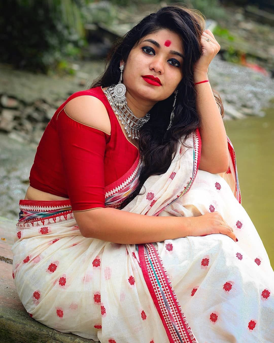 Pin by MJ LOVE on Beautiful saree Indian girls