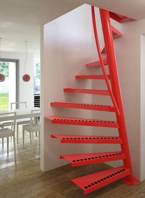 Escalera helicoidal con barandilla ideas para hacer una for Casas con escalera caracol