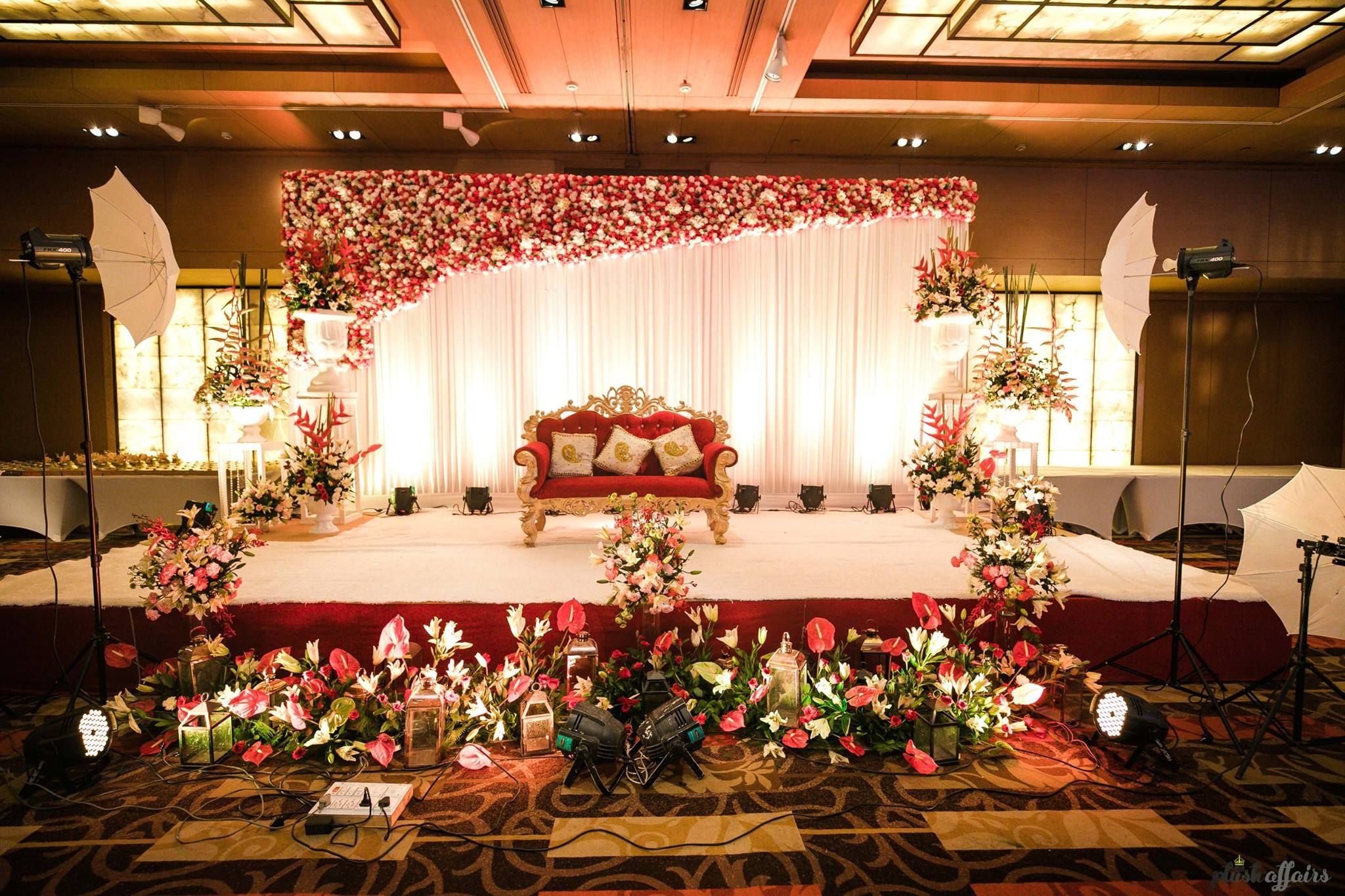 Get Inspired From Thousands Of Photos Of Latest Wedding Decor
