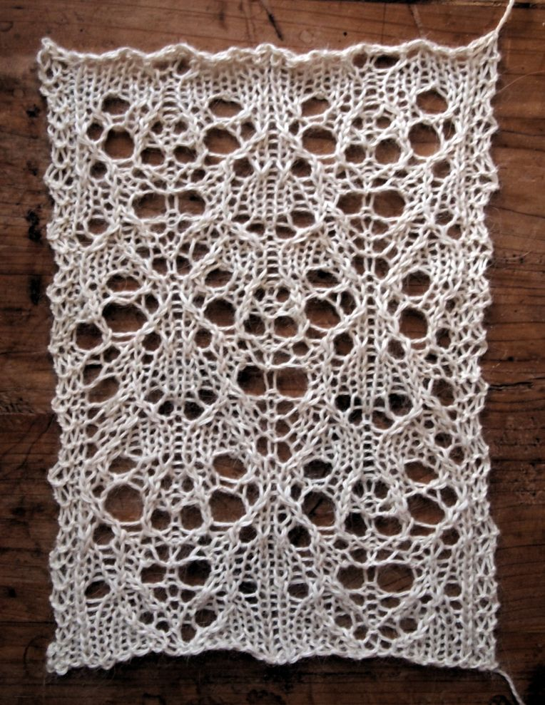 Lace Knitting Stitches Pinterest : HIBERNATE: A FREE LACE KNITTING STITCH PATTERN Knitting stitch patterns P...