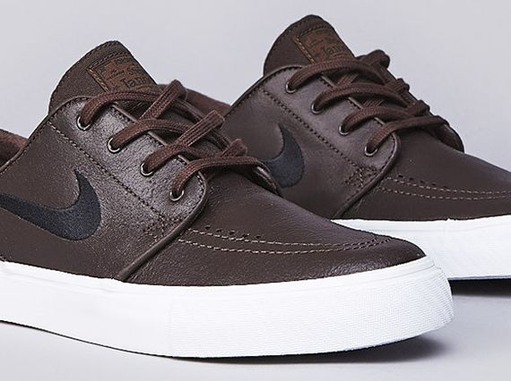 official photos cb9e5 b9614 Nike SB Stefan Janoski Leather - Baroque Brown - Black - SneakerNews.com    Kicks   Shoes, Nike shoes, Groomsmen shoes