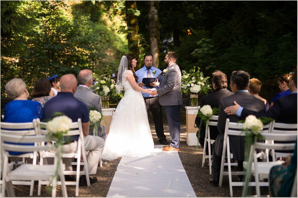 Oregon Waterfall Wedding
