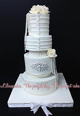 jewlery wedding cake
