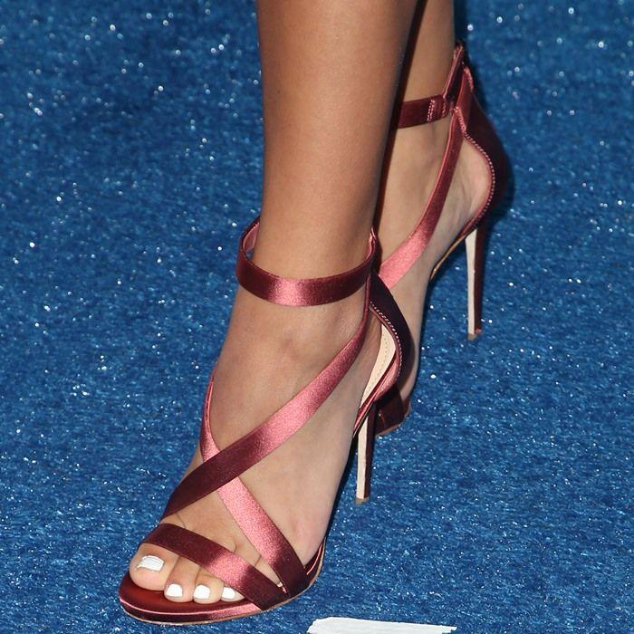 Isabela Moner showing off her feet in Devin crisscross