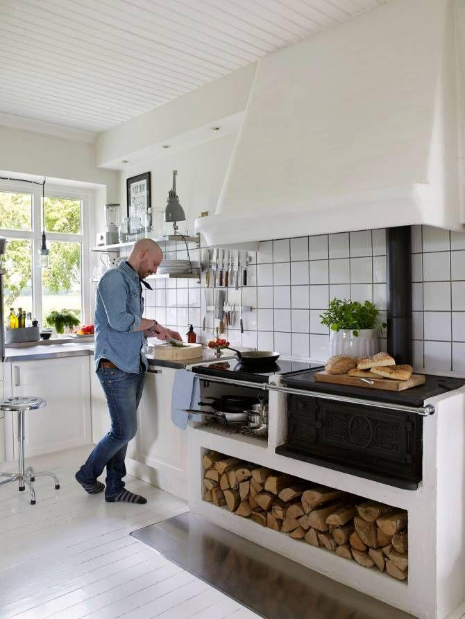 VIDÉKI PORTA | Küche noong 2019 | Küchen holzofen, Küche ...