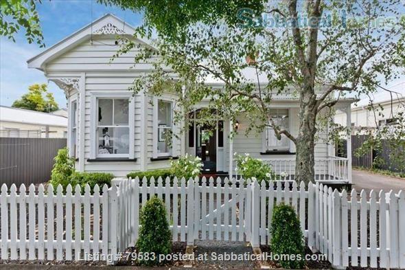 New Zealand Homes New Zealand Home Exchange House For Rent House Swap Home Exchange New Zealand Houses Renting A House House Swap