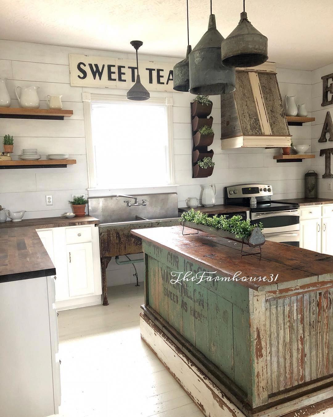 Rustic Antique Kitchen Idea Farmhouse Kitchen Design Old Farmhouse Kitchen Kitchen Design Small