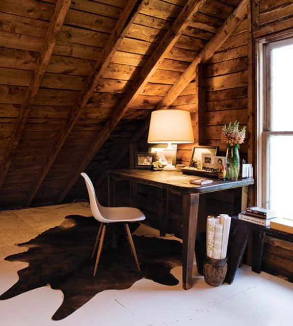 7-attic-from-Canadian-House-and-Home-Attic-Work-Area-Deb-Nelson-JY10.jpg 575×639 pixels