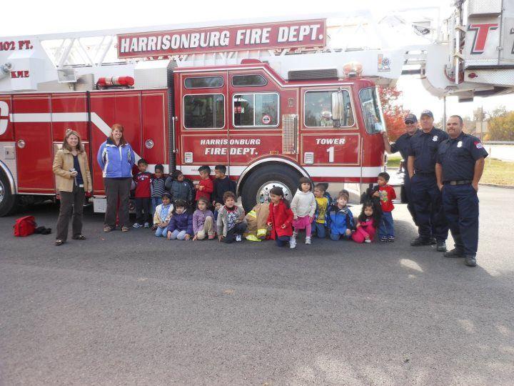 students visiting firetruck at harrisonburg fire dept. Black Bedroom Furniture Sets. Home Design Ideas