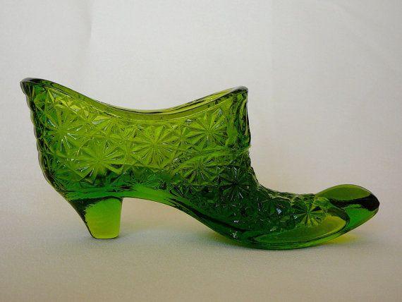 LE Smith Daisy & Buttons Glass Slipper by JulianosCorner on Etsy, - SOLD