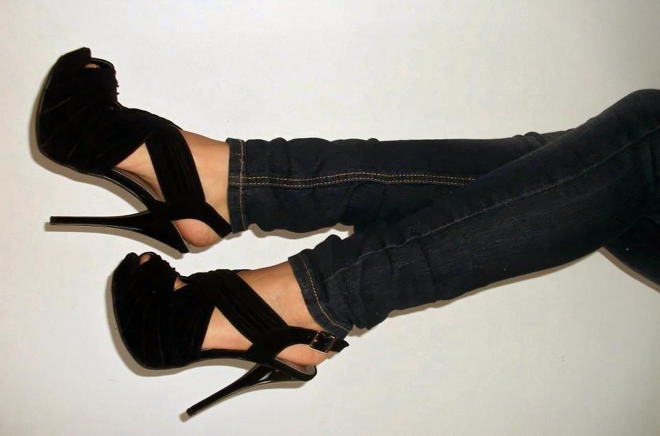 Women in high heels galleries