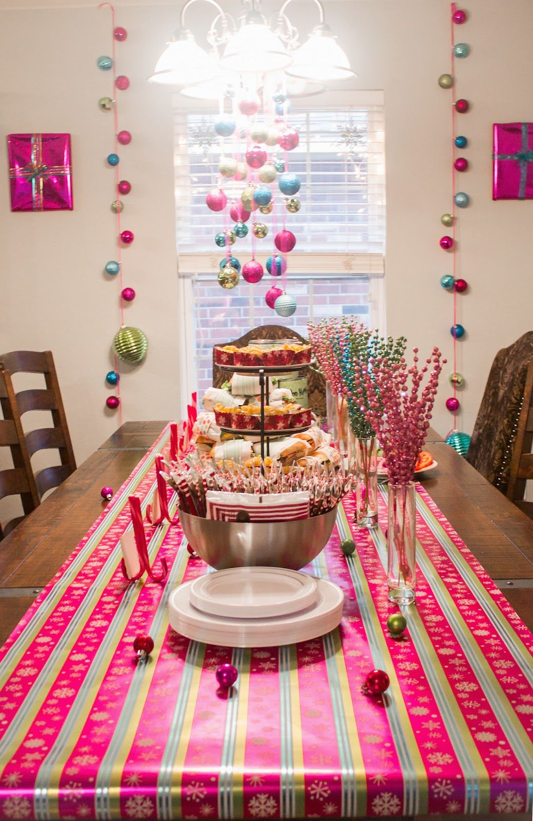 How The Grinch Stole Christmas Cindy Lou Who Inspired Birthday Party Or DIY Decoration Ideas Pink Green Blue And Red Color Scheme