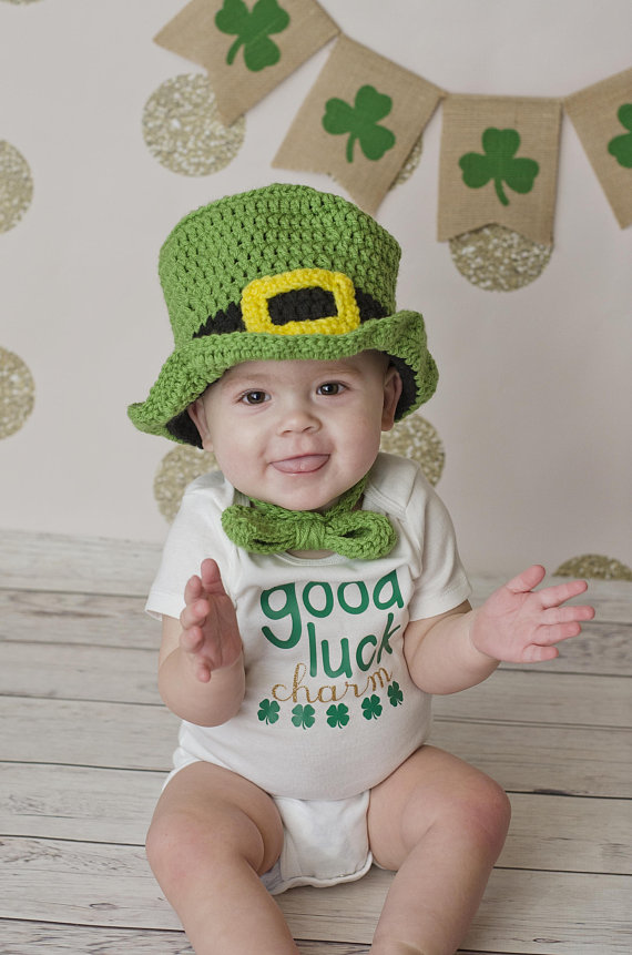 Crochet St Patricks Day Hat and Bow Tie - St. Patricks Day Photo Outfit -  March Baby - Leprechaun Ha e43b819ae36