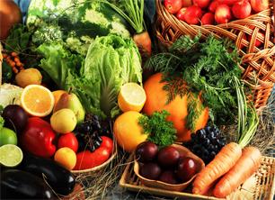 Incluir frutas y vegetales en la dieta diaria es importante, en nuestro blog te decimos cómo hacerlo sin aburrirte. http://adelgazarconsalud.net/frutas-y-vegetales-247/