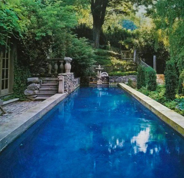 Rechteck Poolgestaltung Im Garten Hohe Pflanzenbeete