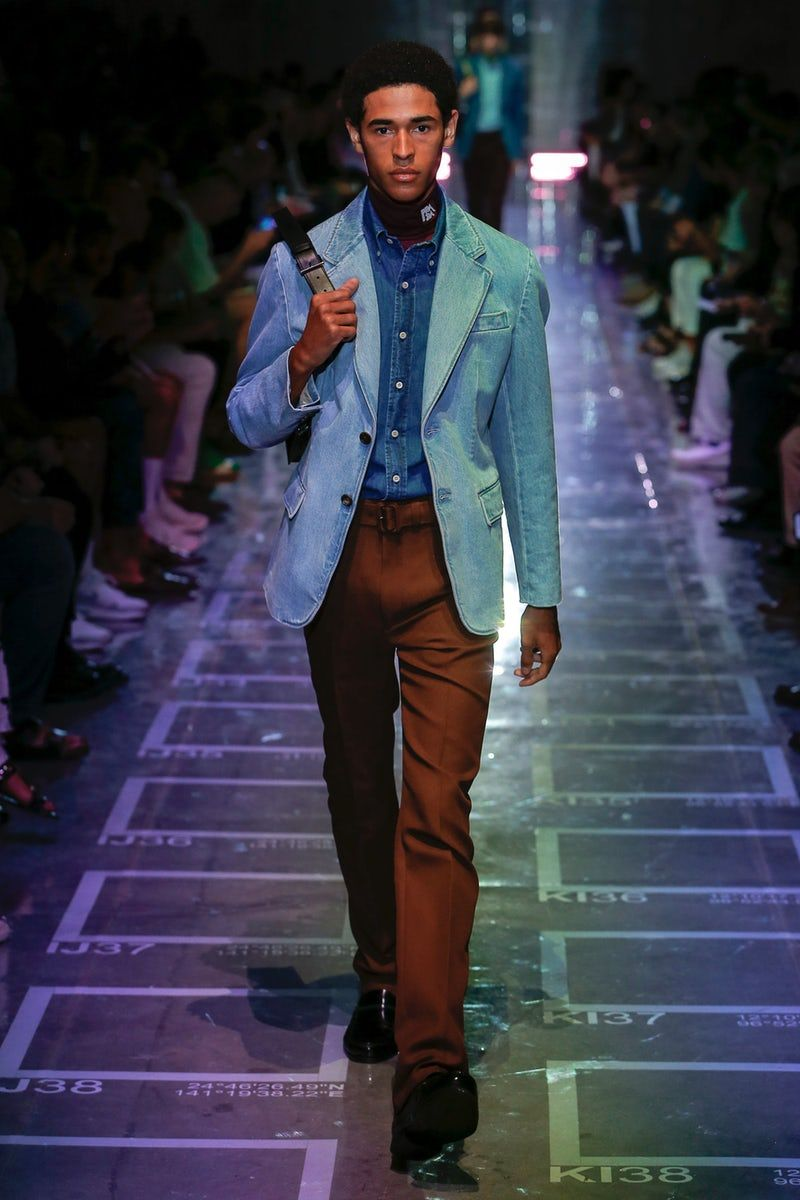 7c9eee8444 Prada | Menswear - Spring 2019 | Look 11 Prada Men, Fashion Week, Runway