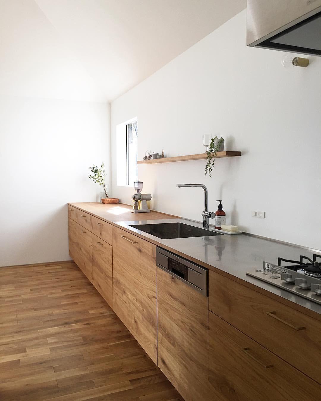 ヨハクノイエのキッチン 我が家のキッチンは最近新築などでは