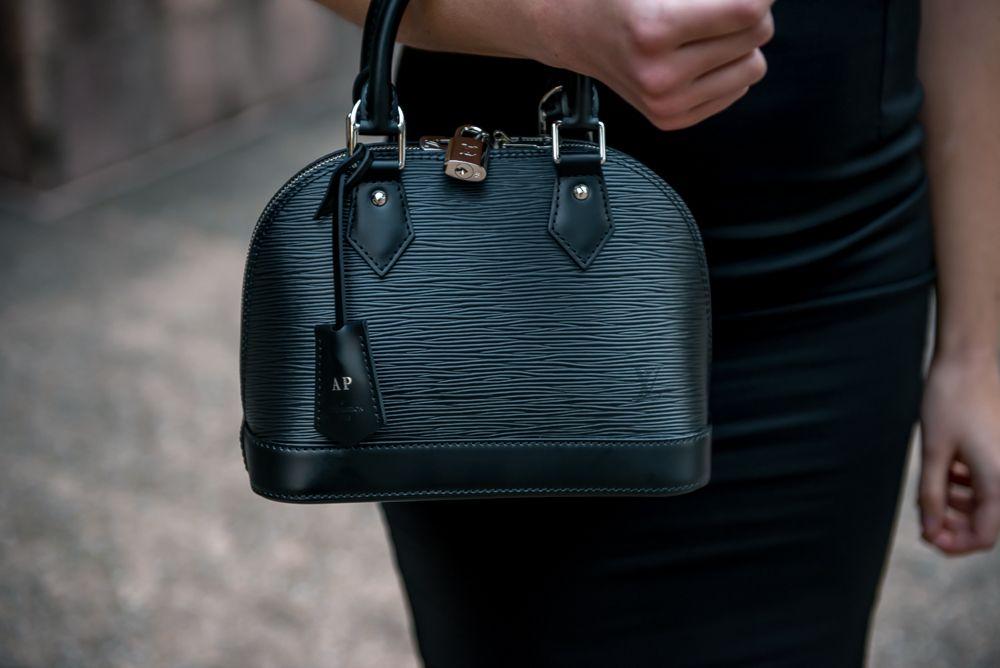 3cda1094151 Louis Vuitton Alma BB purse in Black Epi Leather #louisvuitton | LV ...