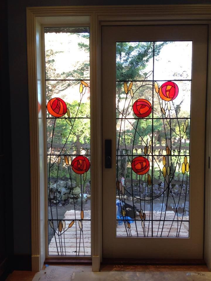 Door And Side Window By Seattle Stained Glass Http Www Seattlestainedglass Com Art Stained Stained Glass Flowers Glass Art