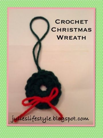 Julie's Lifestyle: Crochet Christmas Wreath Ornament & Pattern  - pinned from the Shady Porch Holiday Party