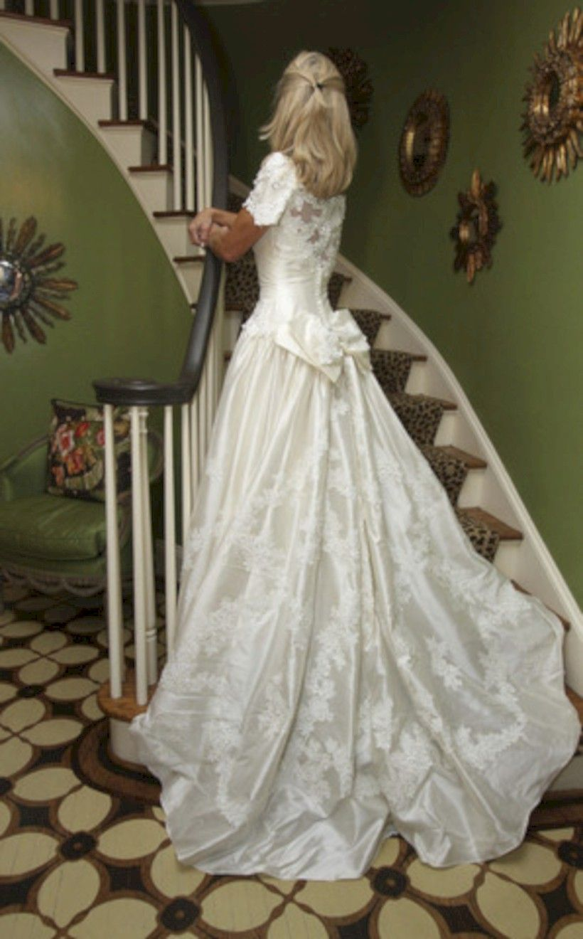 elegant winter wedding dress ideas with sleeves weddings