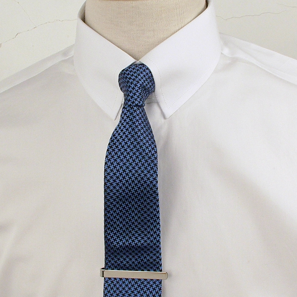 Tab collar shirt popular in the 1920 39 s and 60 39 s brought for Mens tab collar dress shirts