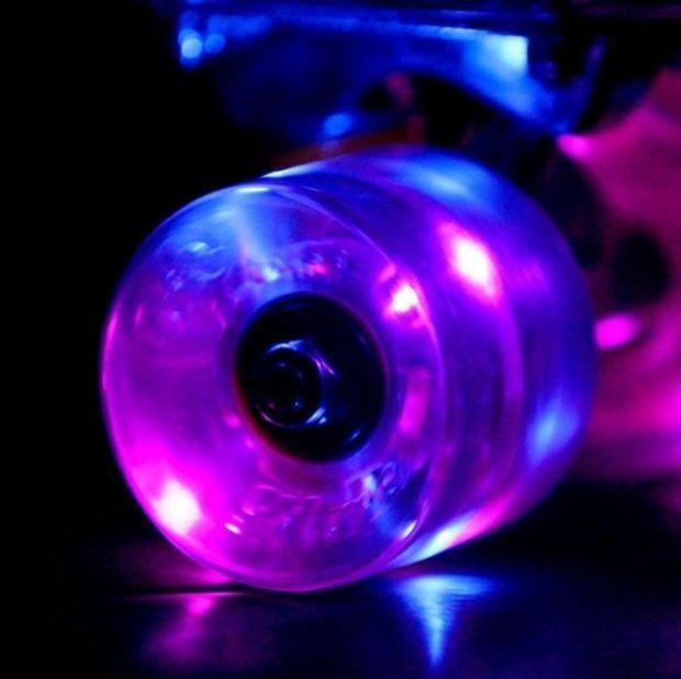 Purple Sunset Flare LED Glow In The Dark Light Up Skateboard Wheels ... 75ba33b0df7