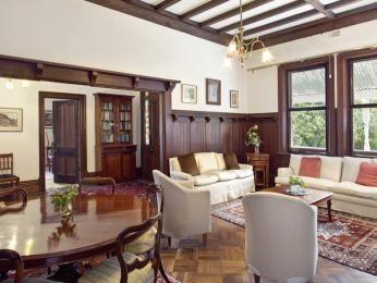 Californian Bungalow Australia Living Room Cerca Con Google Bungalow Interiors Bungalow Living Rooms Brick Exterior House