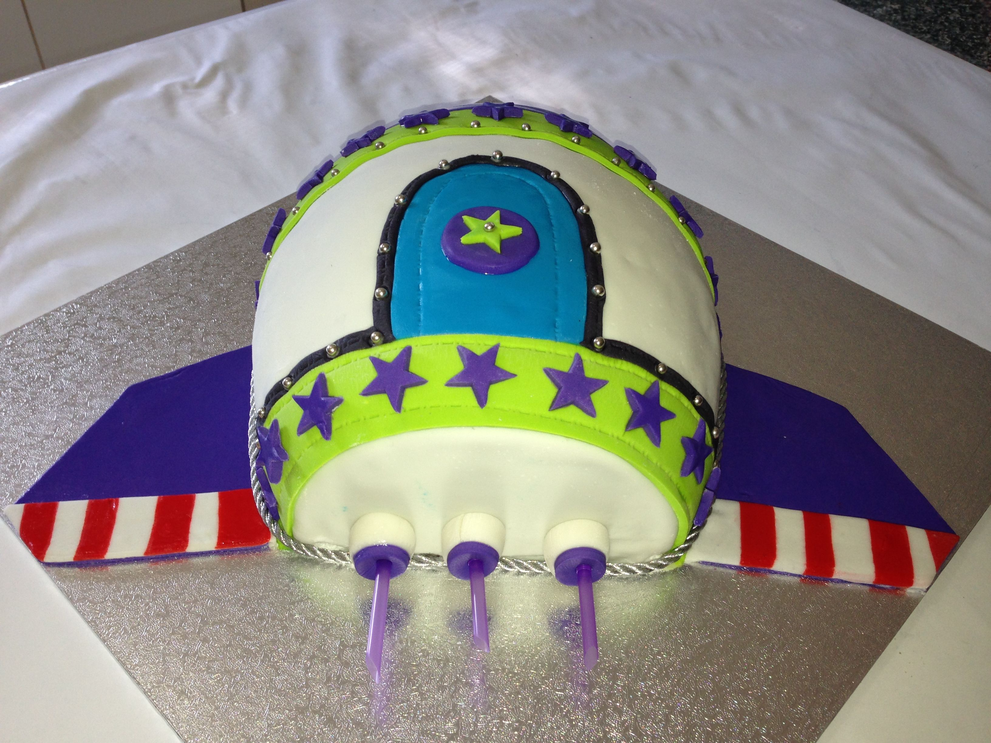 Buzz Lightyear Inspired Rocket Ship Cake Back View With Images