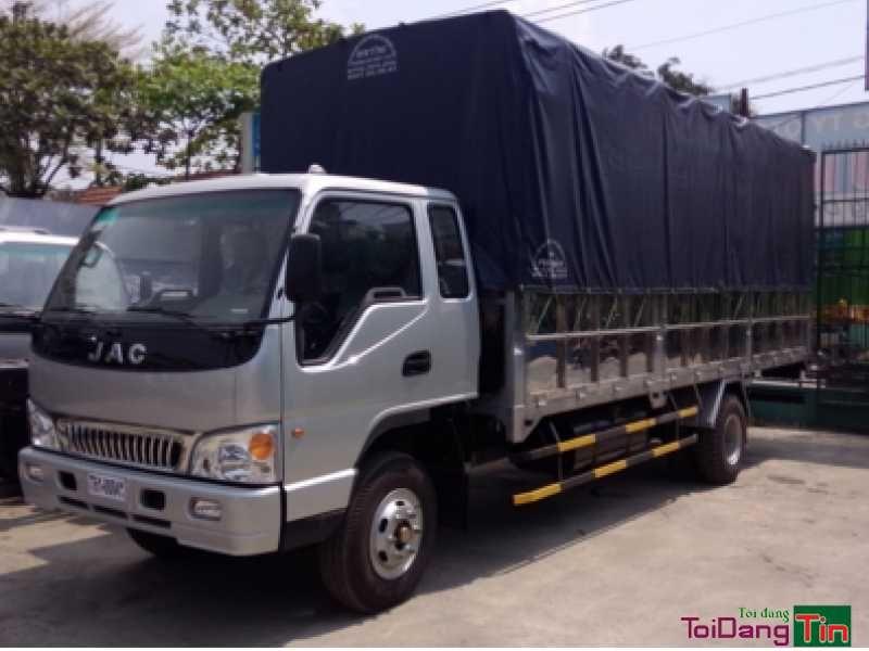 Xe tải Jac 8.4 tấn/8.4 tan/8.4t đầu vuông mẫu mới 2016 tại đại lý 3S Mua - bán xe tải JAC 8 tấn 4/ 8.4 Tấn/ 8T4/ 8,4t/ 8.4 TẤN/ 8.4T / 8,4 tấn Giá xe tải JAC 8T4 tốt nhất khi liên hệ Đại Lý 3S JAC 8.4 tan ĐẠI LÝ 3S XE TẢI JAC : CÔNG TY TM DV Ô TÔ ĐÔNG ANH LIÊN HỆ  (24/7): 0901987627 THÔNG SỐ KỸ THUẬT XE JAC HFC1383K1 – 8400 Kg ĐỘNG CƠ Nhà sản xuất : FAW Loại 4 thì làm mát bằng nước, tăng áp Số xy-lanh :                                                 4 xy lanh thẳng hàng Dung tích xy-lanh…
