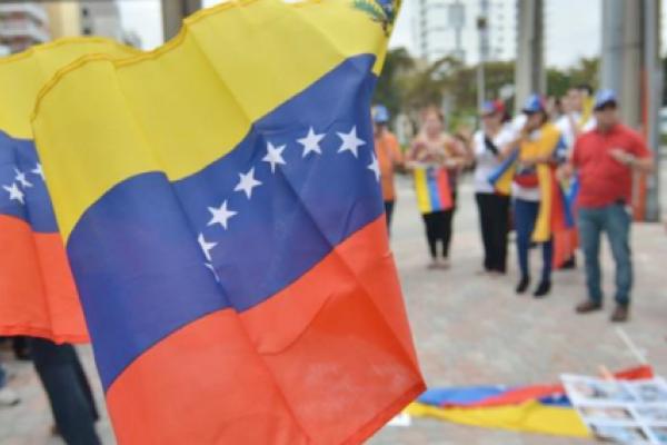 """Exilio venezolano considera """"absurdo"""" el canje de Maduro"""