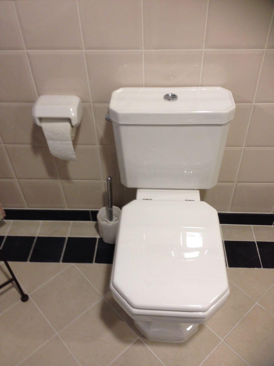 Toilet I Engels stijl I sanitair I | Badkamer / sanitair ideeën ...