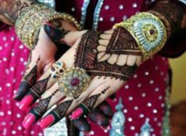 Mehndi Lehenga Uk : Latest beautiful mehndi designs henna cones uk