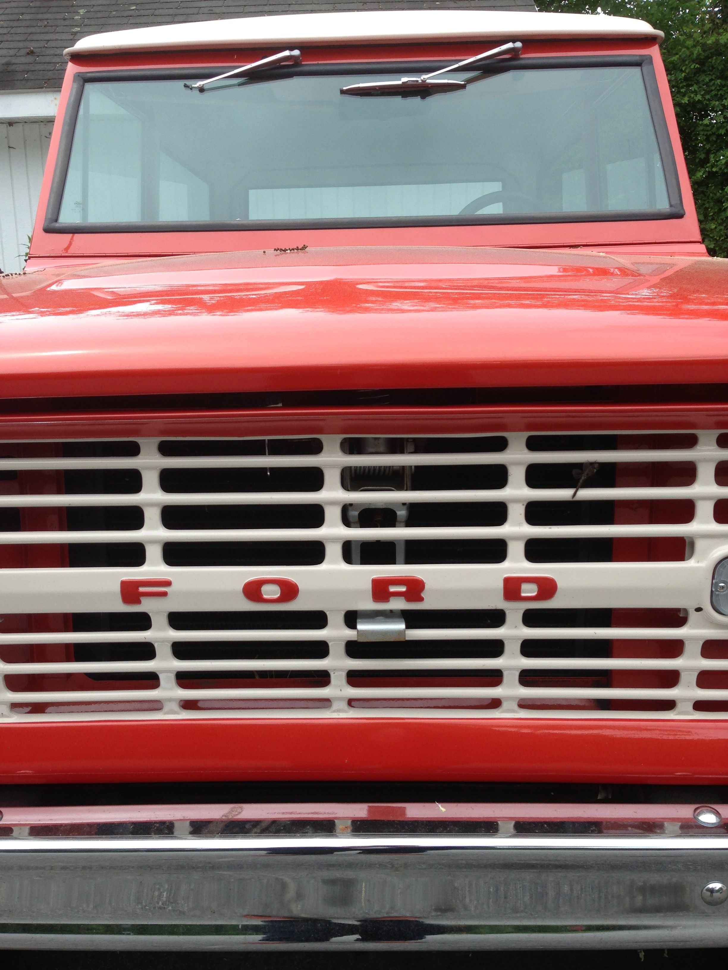 Vintage Ford Bronco Grill Pound Ridge Ny Ford Bronco Classic