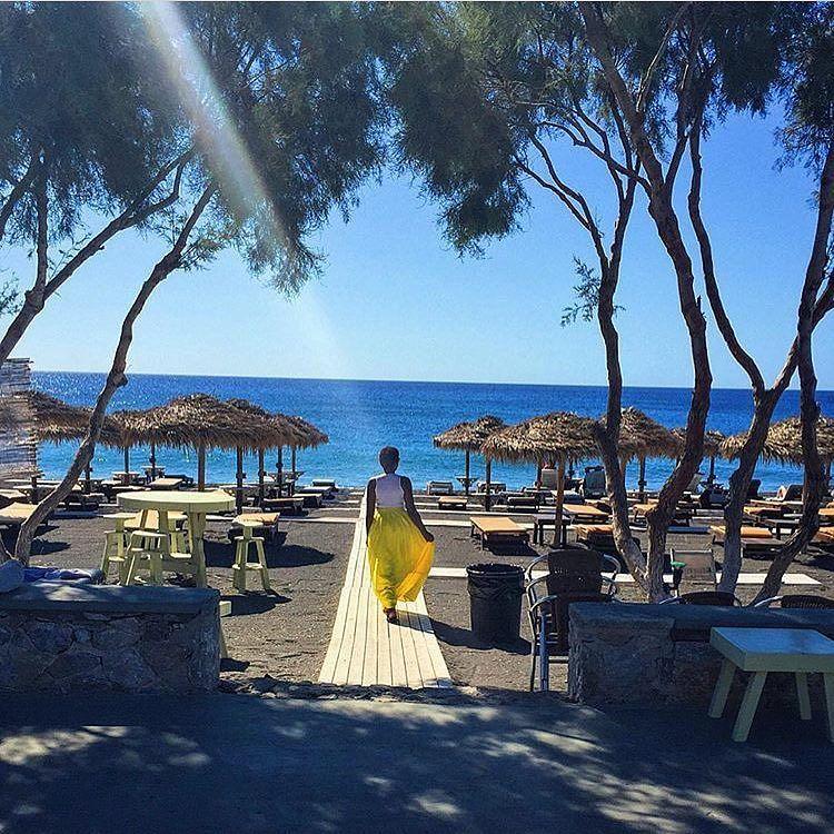 We're walking into this week full of beauty and style...like @blackpaparazzi in #Santorini. Travel Well #TravelFly! :::::::::::::::::::::::::::::: #PassportLife #BlackGirlsTravel #PassportReady #Travel #BrownGirlsTravel #DoYouTravel #Wanderlust #Fernweh #TravelTheWorld #TravelOn #BlackTravelers #TravelAddict #TravelJunkie #TasteInTravel #LadiesGoneGlobal #LuxeTravel #WellTraveled #InspireToTravel #TravelLife #TravelGram #TravelBetter #IGTravel #WeTravel #Explore #PassionPassport #JetSetting